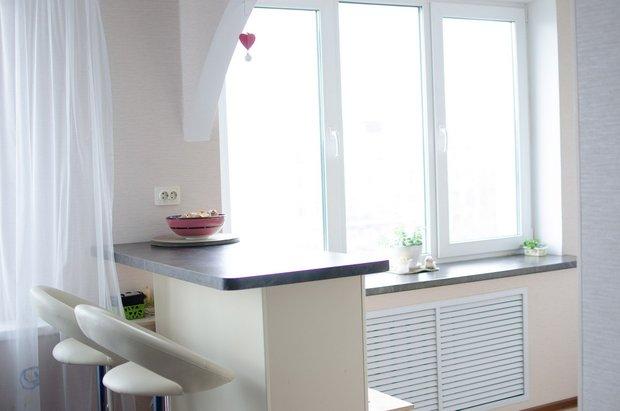 Современная кухня в «хрущевке» (Пленочный МДФ, цвет Ваниль), BROSKO