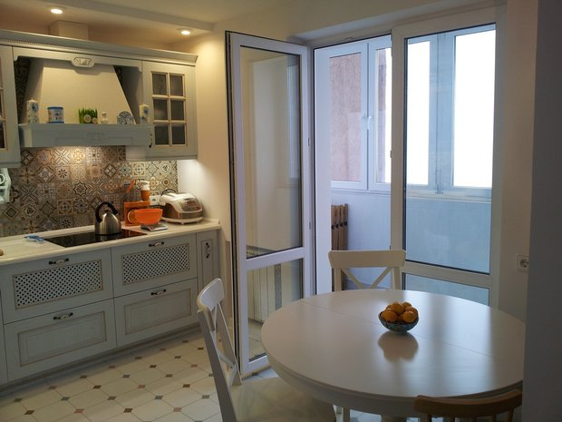 французское окно в кухне
