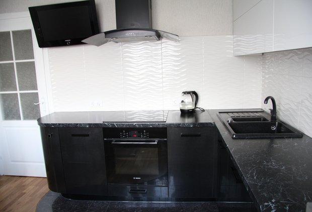 Черно-белая кухня своими руками