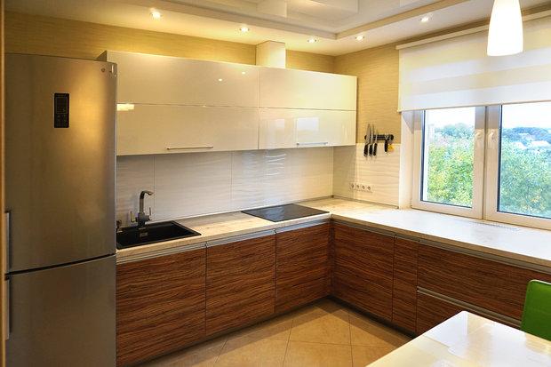 светлый интерьер в кухне