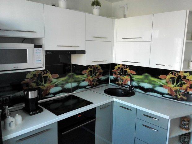 серо-белый кухонный гарнитур