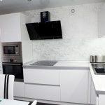 Кухня с фасадами SIDAK Acryl Белый глянец