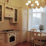 """Кухня """"Астория"""" с фасадами «Античная ваниль с золотой патиной» (ВХЦ)"""