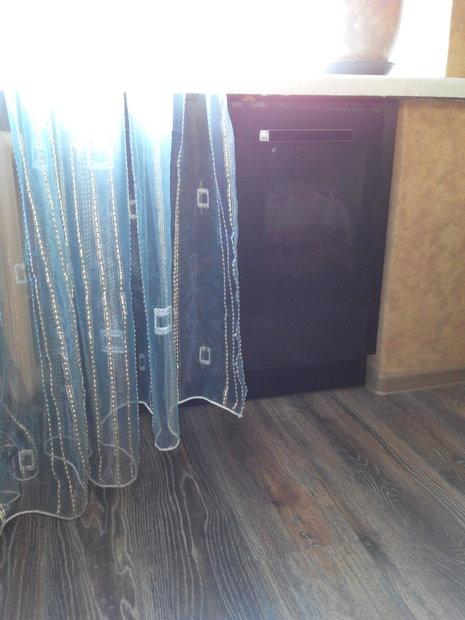шкаф под подоконником