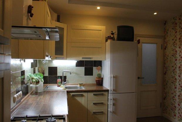 Современная угловая кухня на 12 кв.м.