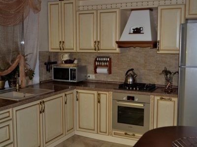 Классическая кухня ЛИЗА с патиной