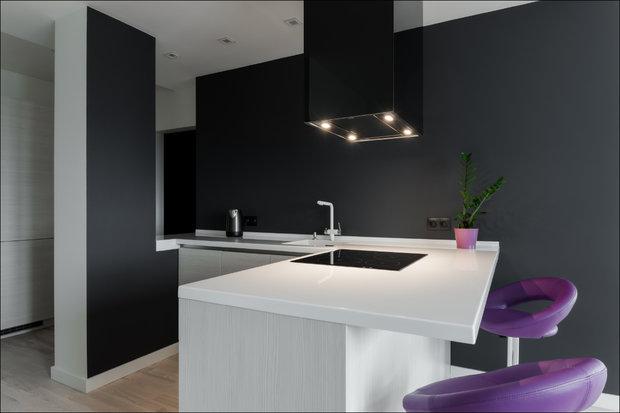 Кухня в стиле Минимализм без верхних шкафчиков