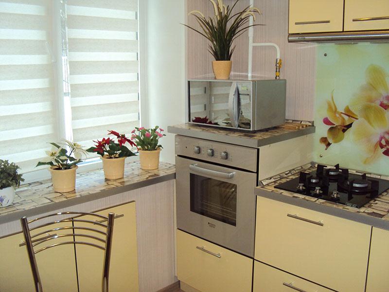 Кухня эконом с пластиковыми фасадами (Желтый)