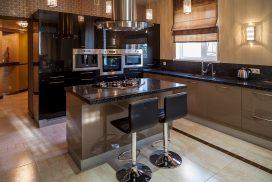 Кухня с фасадами SIDAK Acryl Лунный камень