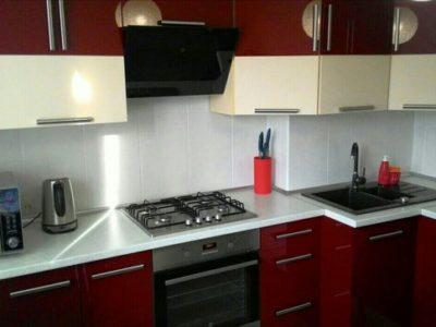 "Угловая кухня 12 кв.м с фасадами шпон ""Палисандр"""