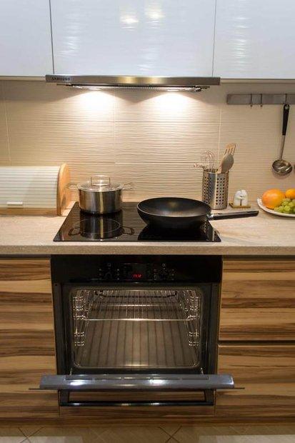 Супер кухня с фасадами из ДСП