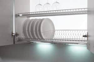 Сушку для посуды со встроенной подсветкой