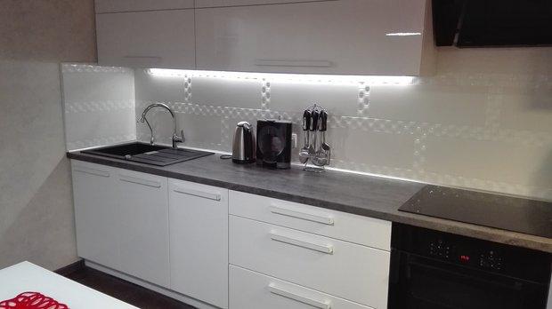 подсветка в кухне