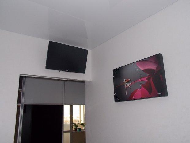 Фиолетовая кухня на 12 кв.м.
