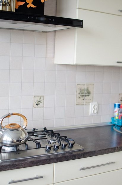 """Современная кухня в """"хрущевке"""" (Пленочный МДФ, цвет Ваниль)"""