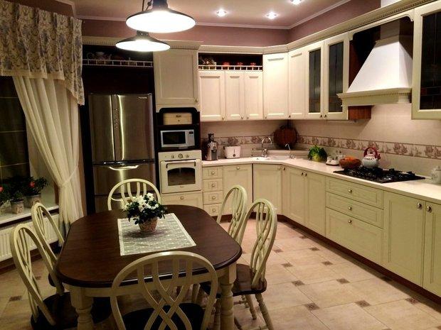 большая кухня