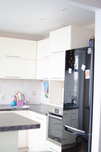белые фасады кухни