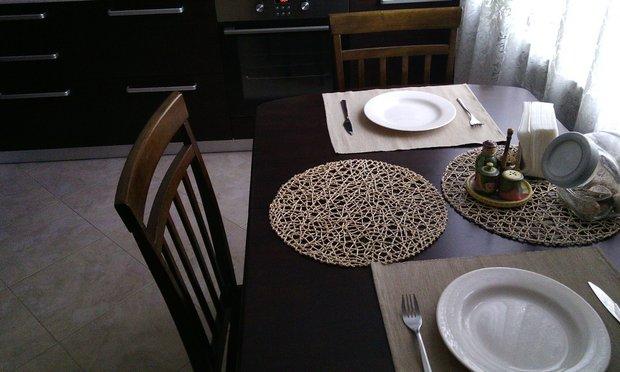 Кухня с фасадами шпон (Венге) + Белый молочный (МДФ)