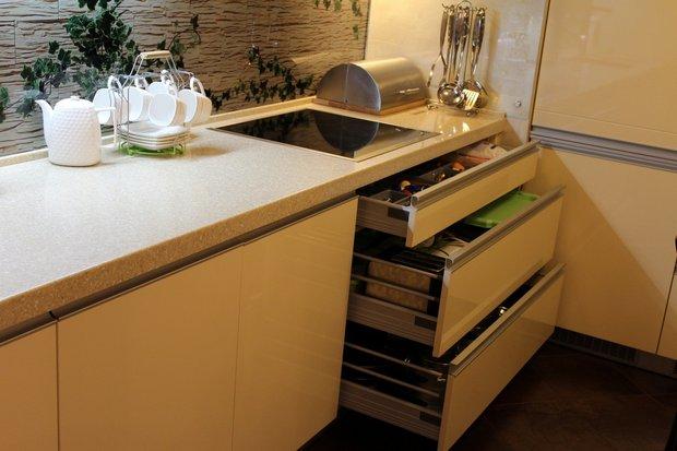 Супер современная кухня с барной стойкой