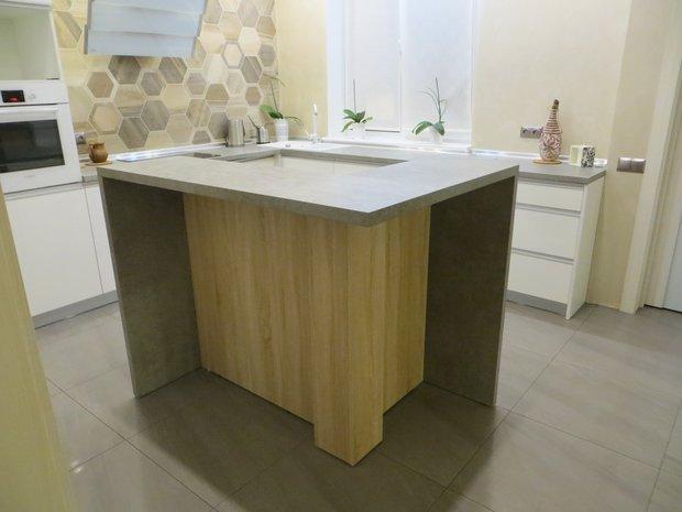"""Кухня МДФ Эмаль """"Белый жемчуг"""" с островом"""