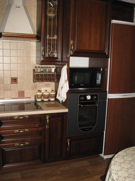 деревянный кухонный гарнитур