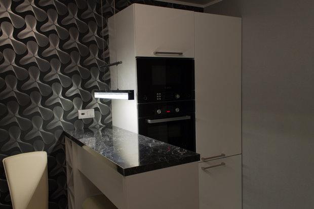 Суперсовременная белая кухня