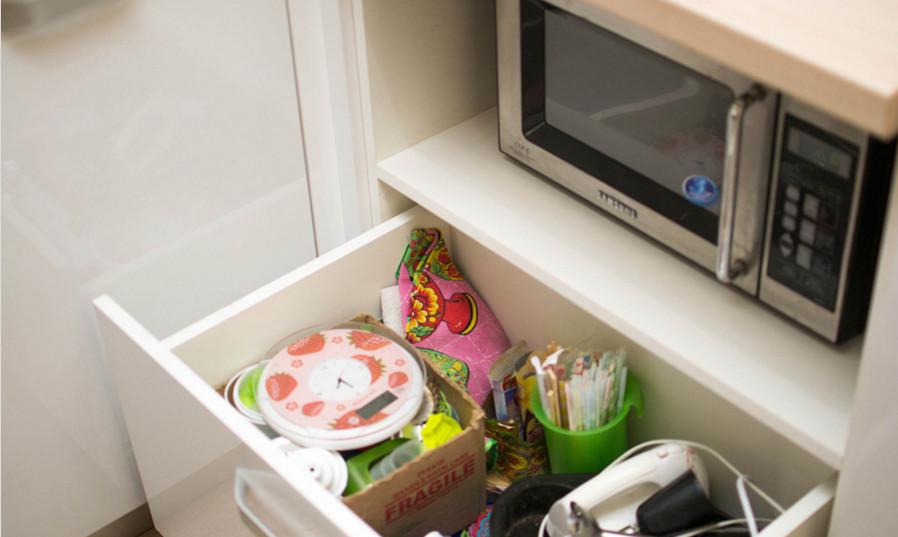 шкафчик для посуды
